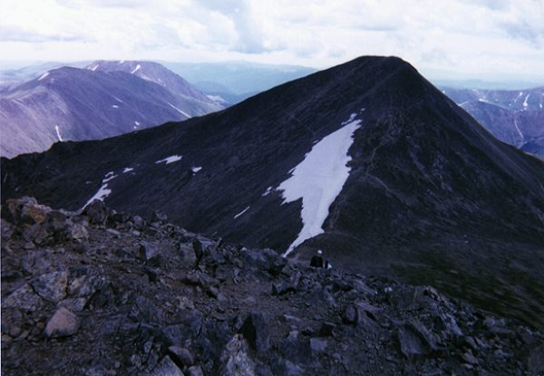 Grays Peak (right) and Square Top Mountain (left - background).